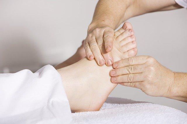 lymfatická masáž nohou